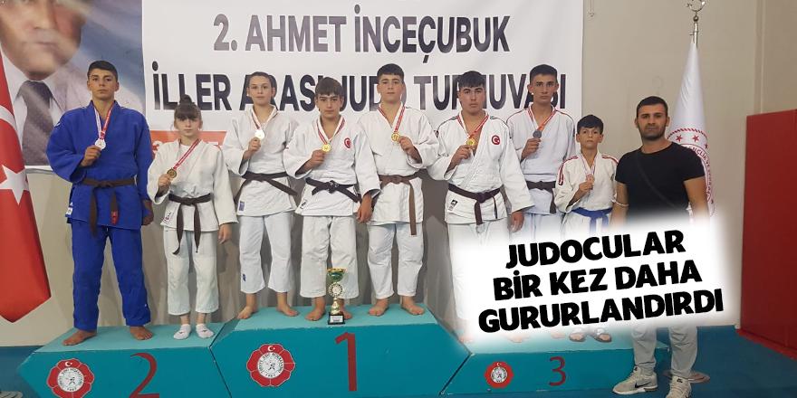 Judocular Gururlandırdı