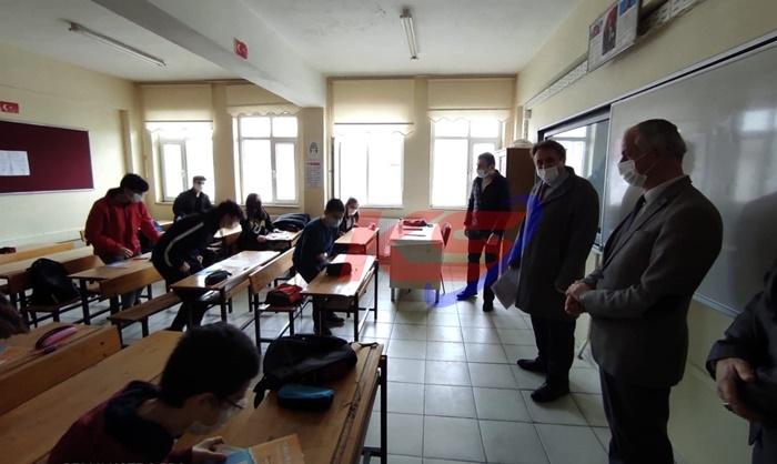 Karasu Kaymakamı Helvacı Okulları Denetledi